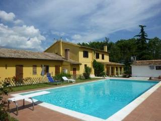Casa di campagna con piscina vicino ad Assisi, Cannara