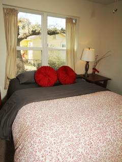 Queen-sized bed in front bedroom.  Pillow-top bed and very comfortable.