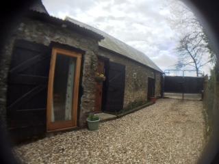 Mwendafye cottage Gr II character barn conversion