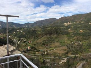 A stay in the village - amazing view, Levanto