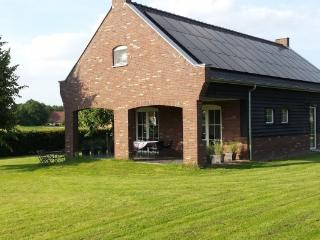 "Romantic Garden House ""Peeldroom"", Nederweert"