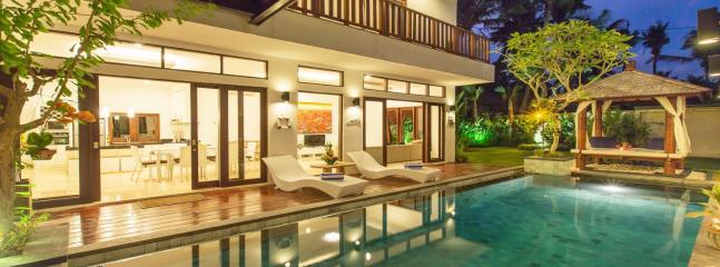 Villa Club Corner Residence close to Canggu Club