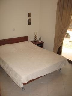 Bedroom (ground level)