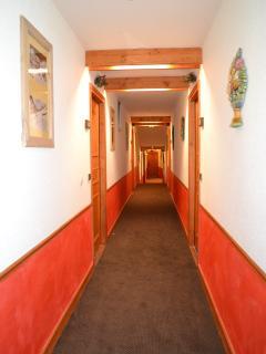 Couloir intérieur résidence