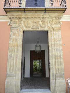 EXTERIOR DE LA CASA PALACIO LAS PALOMAS