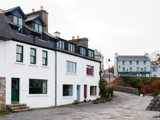 Roundstone Quay House