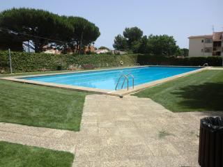 100C - Apartamento a pocos metros de playa con piscina, Cambrils