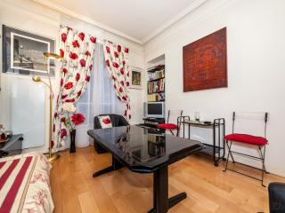 Apartment in Paris - Toreador 2728