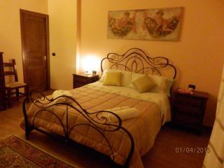 casa lauretta - quadrilocale con terrazza, Lecce