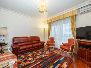 Apartment in Paris - Porte Maillot 65