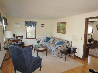 Living room - 1 Heather Road South Harwich Cape Cod New England Vacation Rentals