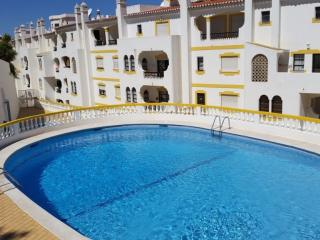 2 Bedroom Apartment Center Carvoeiro with Pool