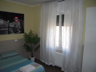 apartment x 3, Bologna