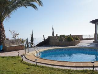 Villa for 4 people with pool, jacuzzi and sauna, Santa Cruz de Tenerife