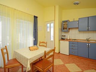 Apartments Jasminka - 85751-A3, Selce
