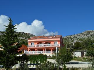 Amari ap9, Starigrad-Paklenica