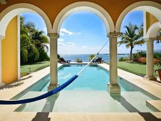 Riviera Maya Haciendas - Hacienda Mágica - Beach Front 5-14 Bedrooms, Puerto Aventuras