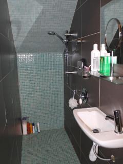 Une autre douche italienne...quel délice de se doucher...