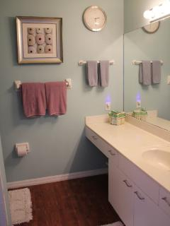 Master bath en-suite with shower stall
