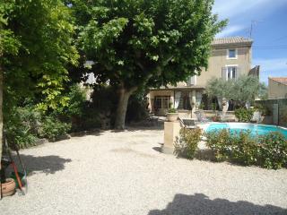 A 2 minutes du centre viillage, Avignon