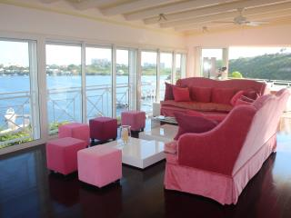 Villa 4 bedrooms with Pool, Terres-Basses