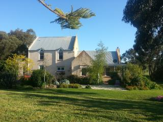 Barrabool Hills Retreat B&B Guest House & Gallery