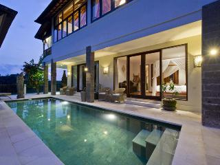 Luxury Holiday Villa w/ Pool in Bali - Sahaja 7, Tabanan