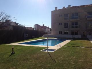 T2 Esposende near by the beach with pool