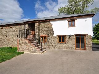 HILRO Barn situated in South Molton (3mls SE)