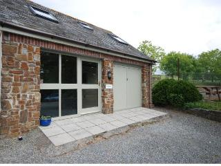 IVYCT Cottage situated in Bude (2mls E)