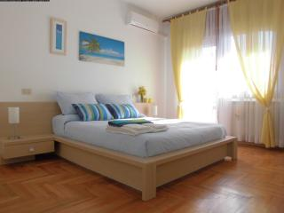 - Mestre; nice room 20 min from Venice