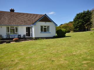 LANEH Bungalow situated in Croyde
