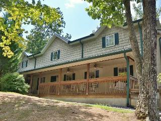 Deck, BBQ Grill, DVD Player, Resort Pool, Central Air, Sleeps 69, Pigeon Forge