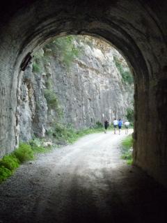 Excursión por el Racó del Duc. Salida del tunel más largo.
