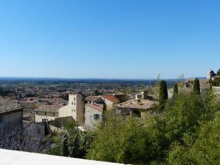 terrasse vue village et plaine