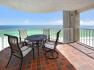 Breathtaking Views, open floor plan and a beach front pool!