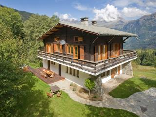 Chalet Narnia - Luxury Chalet with Stunning Views., Les Houches