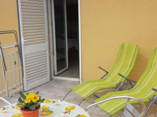 Holiday apartment rental in Broce, Ston