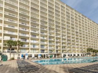 Beachfront - End Unit - Views from bedrooms too!, Panama City Beach