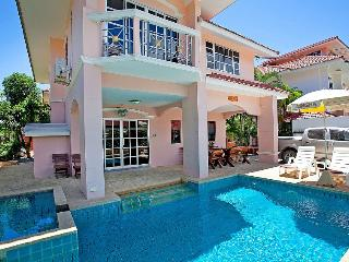 Baan Phil - 4 bedroom lovely villa home in Jomtien Beach, Pattaya For Rent