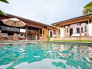 Villa Vauxhall - 2 Bedroom Villa in Koh Lanta, Krabi Town