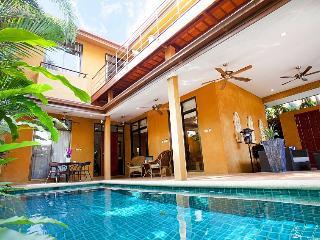 Sunny Villa - 4 Bedroom Villa in Pattaya