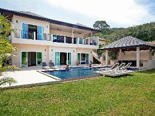 Villa Yoke - 6 Bedroom Villa in Phuket, Kata Beach
