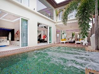 Classic Pratumnak Villa, Pattaya