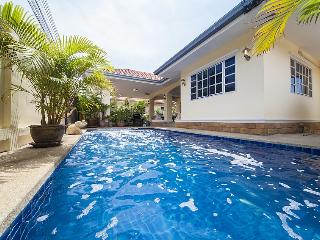Villa Chester - 5 Bedroom Villa in Pattaya, Jomtien Beach
