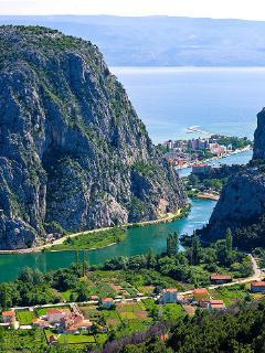 Where river Cetina meets the Adriatic sea, 6 km from the house