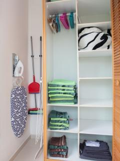 Closet: towels, iron, blankets at your disposal
