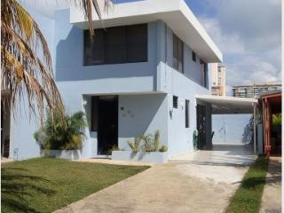 'Relax in Heaven' Beautiful House by the Beach, Luquillo