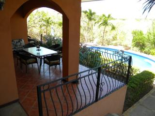 Casa Mimosa Poolside Villa