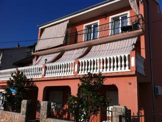 Apartmant MaDi Red, Senj